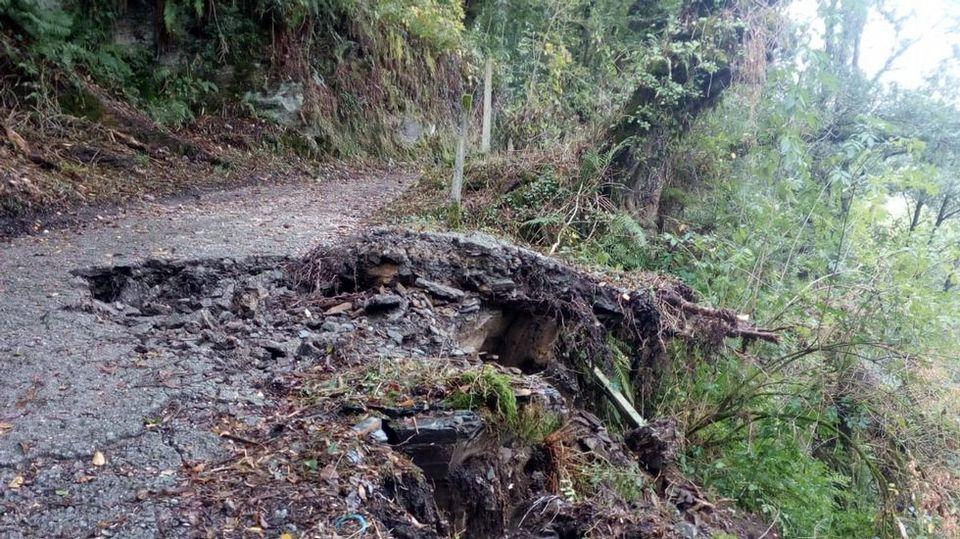 El Camino a su paso por Samos, destrozado tras el temporal