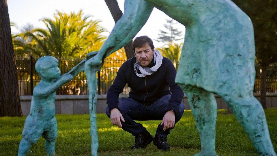 El escultor malpicán Miguel Couto suma otra obra pública, en Oleiros