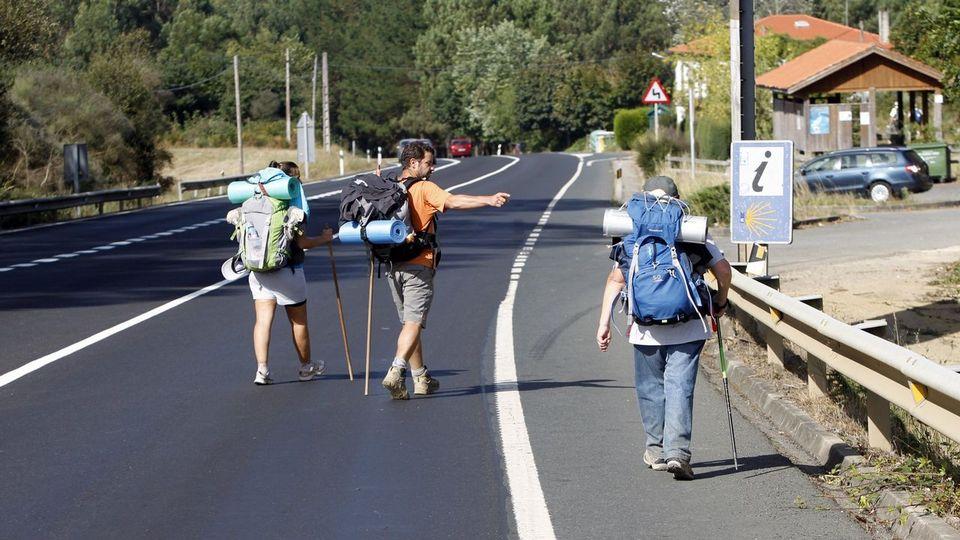 Fomento aprueba los proyectos de cinco pasos inferiores en cruces del Camino de Santiago en O Pino y otro en Palas de Rei