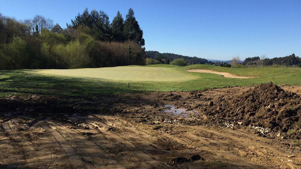 El campo de golf de Miño, en precario