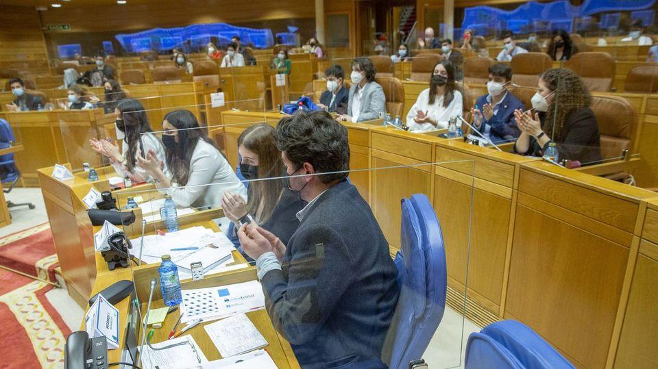 El presidente del Parlamento de Galicia reivindica la apuesta por «la fuerza del diálogo y la razón» de la Xeración Nós