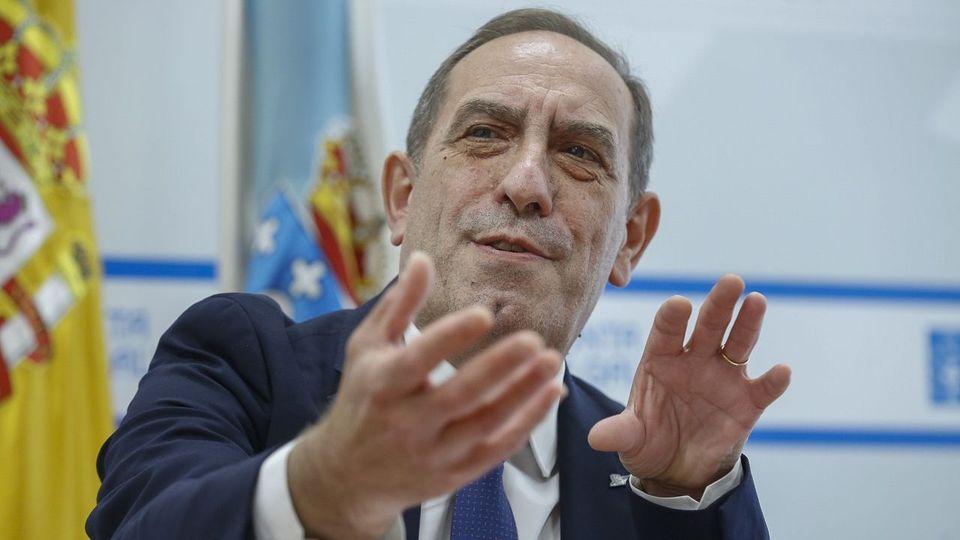 """<span lang=""""gl"""">Valeriano Martínez: «A ministra aínda está nas fases de negación e ira, pero negociará o IVE» </span>"""