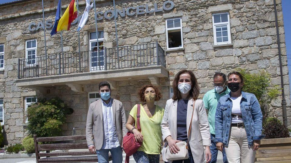 El PP recupera la alcaldía de Santa Comba con apoyo de dos ediles del PSOE tras romper su pacto con CxG