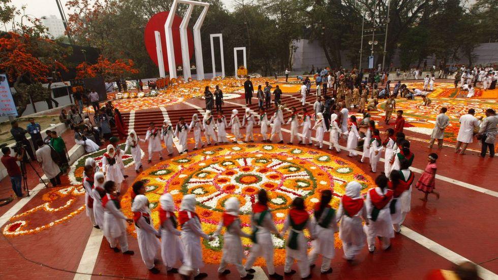 Celebraciones en el Shaheed Minar (monumento a los mártires) de Daca con motivo del Día Internacional de la Lengua Materna el 21 de febrero del pasado año
