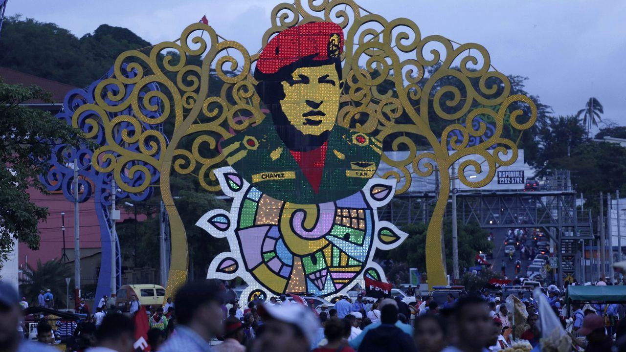Vista general de la rotonda Hugo Chávez durante un acto público celebrado en la Avenida de Bolívar a Chávez, en Nicaragua