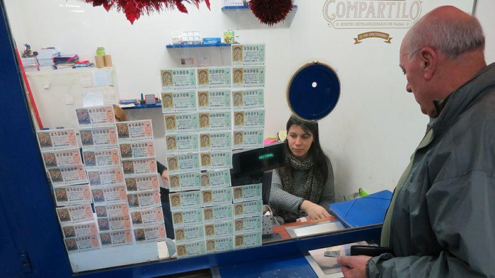 La venta de lotería de Navidad avanza a buen ritmo en Ferrol