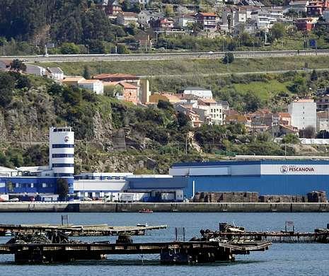 Adiós a un mito de Vigo.<span lang= es-es >Y la incógnita es en manos de quién acabará Pescanova</span>. Los administradores concursales han tomado el mando de la multinacional y líder del sector pesquero, después de que el juzgado apartase de la gestión a Manuel Fernández de Sousa.