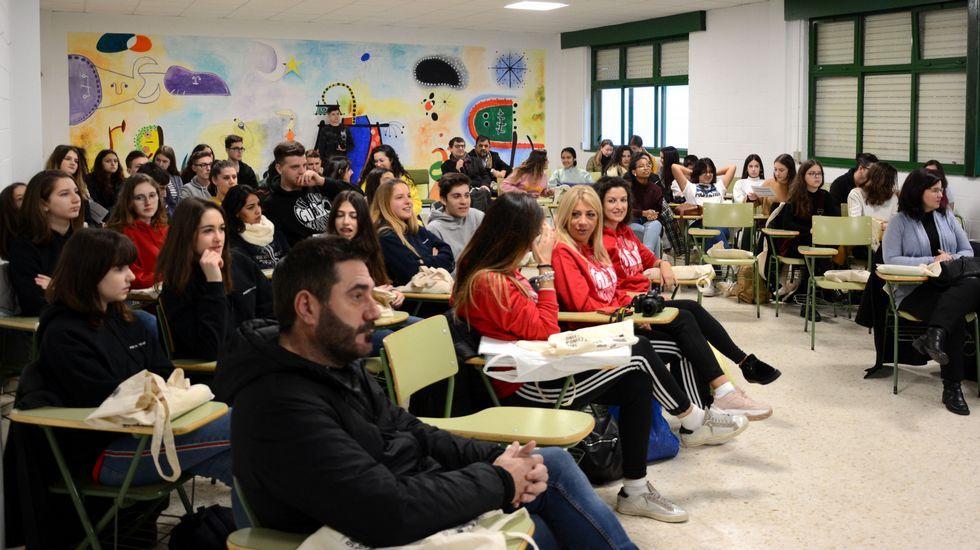 El consejero de Educación, Genaro Alonso, en la Junta General
