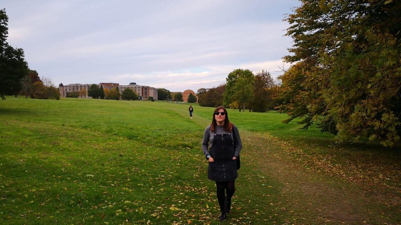 Noelia Rubio en el campus de la Universidad de Kent