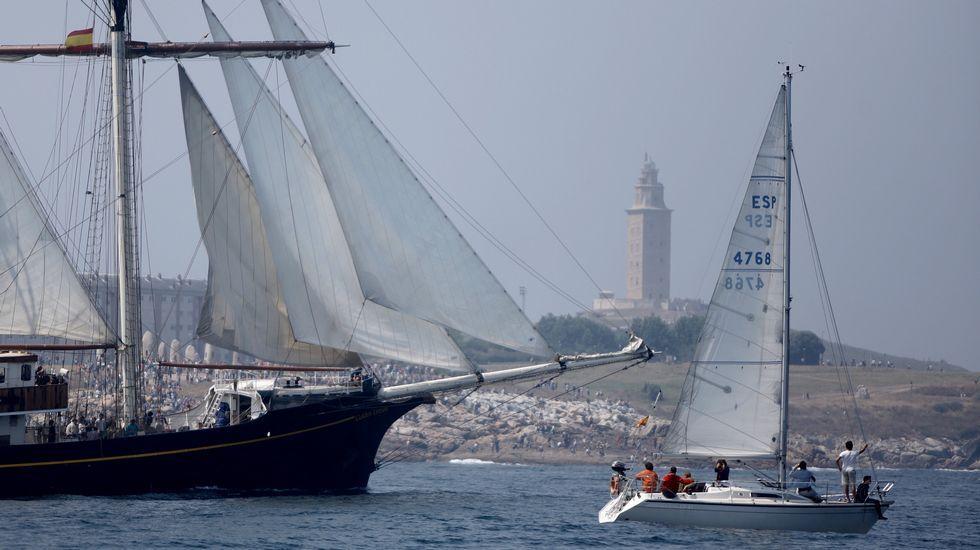Salida de los veleros de la Tall Ships race