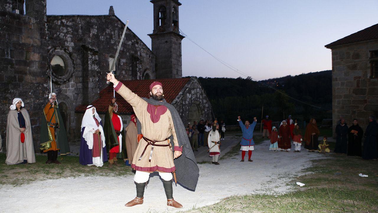 Teatro y artesanía llenan de actividad Moraime, en Muxía