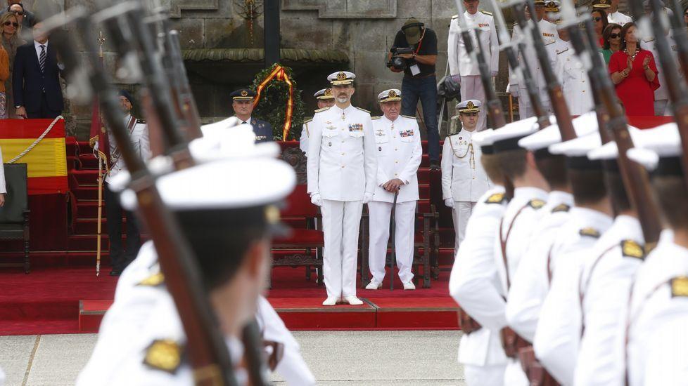 El homenaje al aniversario de la escuela naval de Marín, en imágenes