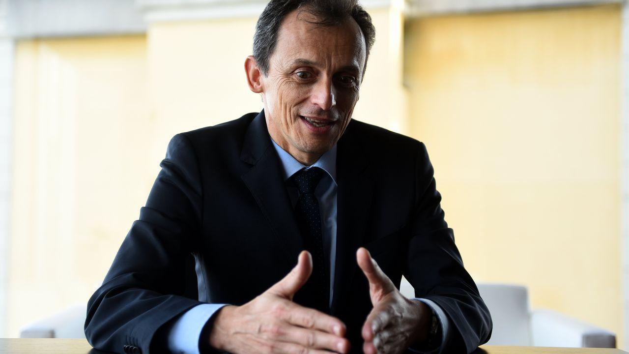 El ministro de Ciencia visitó A Coruña para inaugurar una exposición en el Muncyt