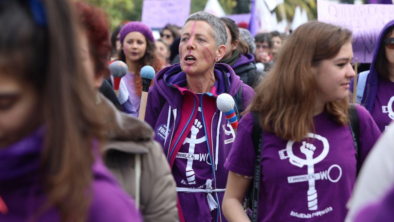 Marcha por el dia de la mujer en Santiago
