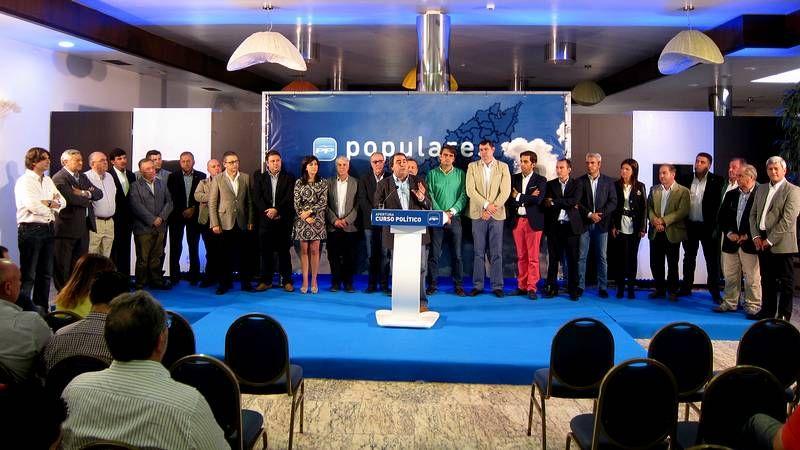 Santiago celebra el Día de Padrón.Feijoo, Antonio Fernández Angueira, Diego Calvo y el regidor y candidato de Dodro, Valentín Alfonsín.