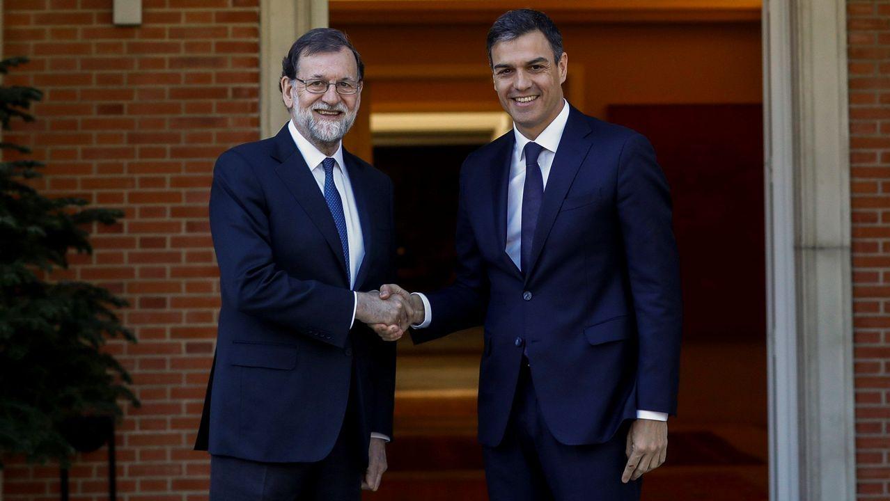 Rajoy y Sánchez, reunidos en Moncloa para analizar la situación en Cataluña.