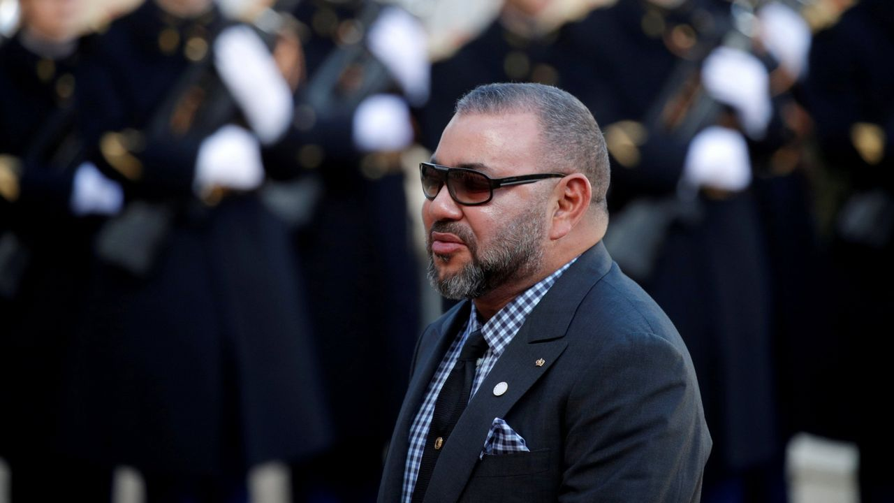 Siete guardias civiles heridos con cal viva durante el asalto a la valla de Ceuta.El Consejo de Ministros, presidido por Mohamed VI, aprobó a última hora del lunes el proyecto de ley