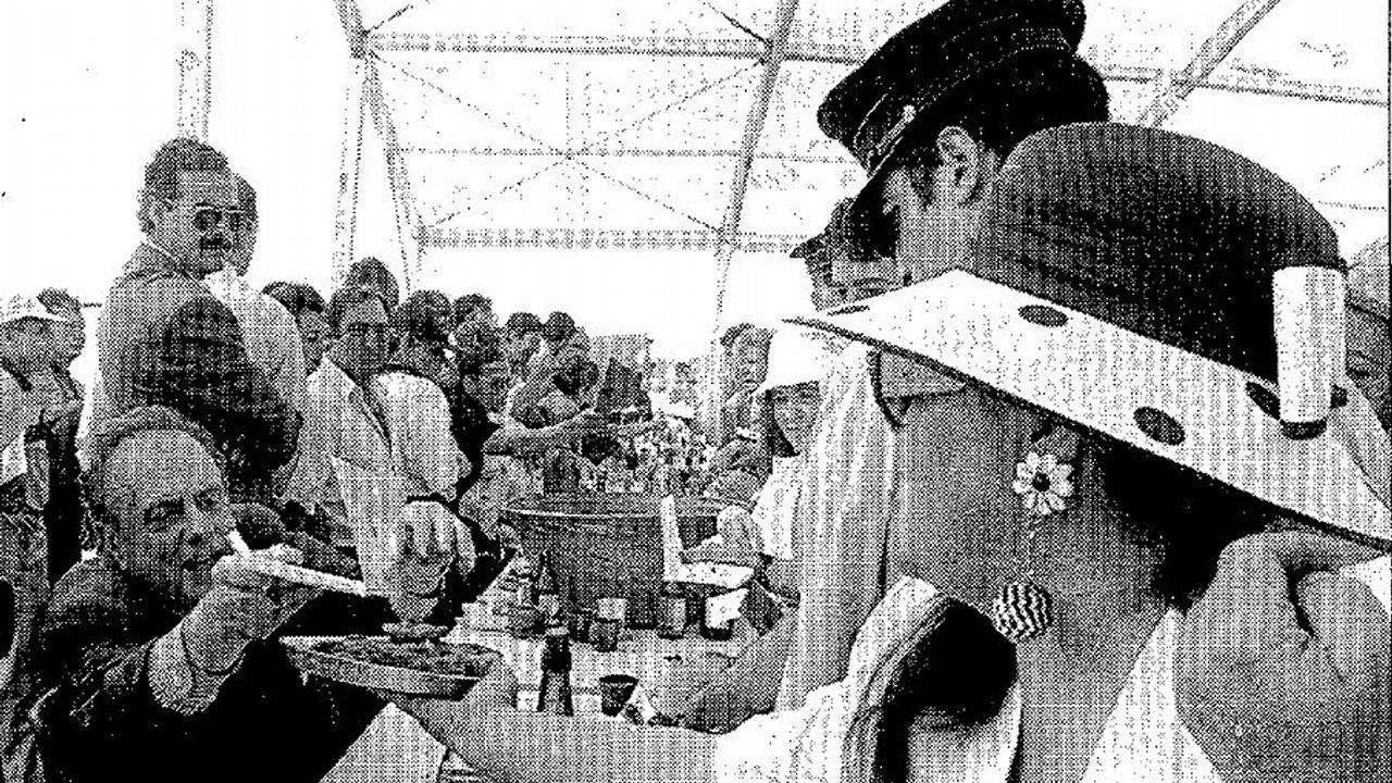 Pablo Casado: «Si presido el PP, Feijoo será lo que él quiera».El presidente nacional de Alianza Popular, Manuel Fraga Iribarne, acompañado de Antonio Hernández Mancha, presidente regional de Andalucía