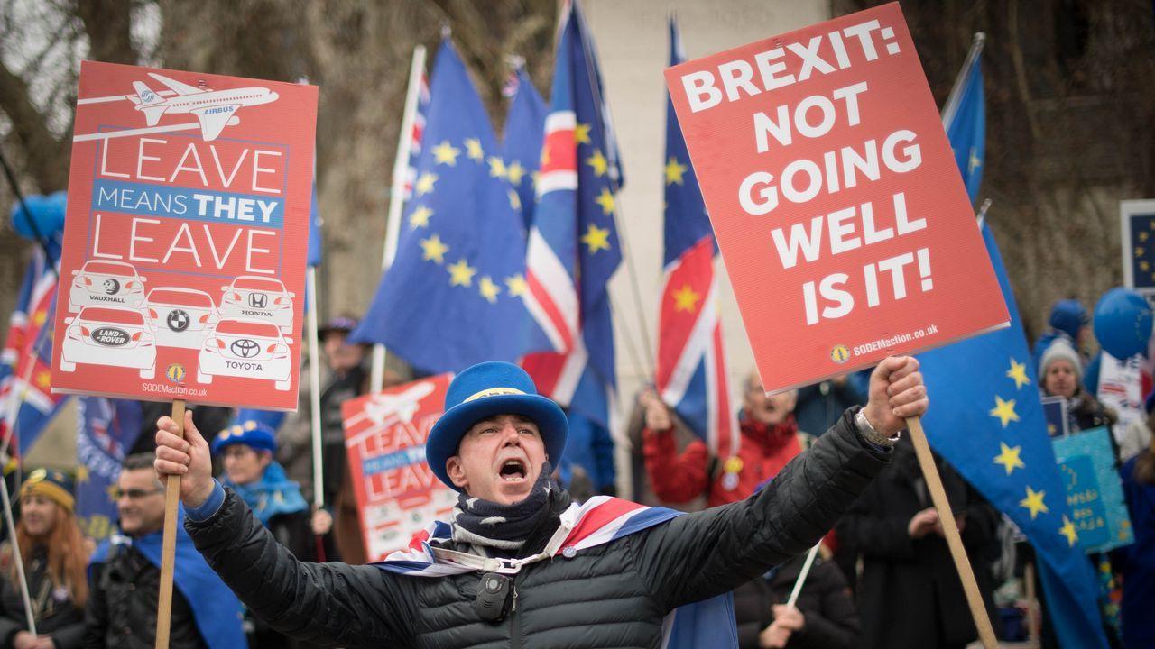 Un activista proeuropeo alerta de la fuga de empresas cuando se consume el «brexit»