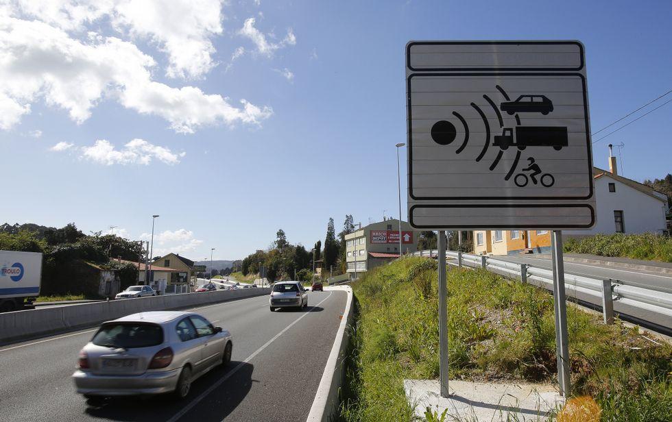 .El nuevo dispositivo de control de velocidad está situado en el kilómetro 8,3 de la N-VI.
