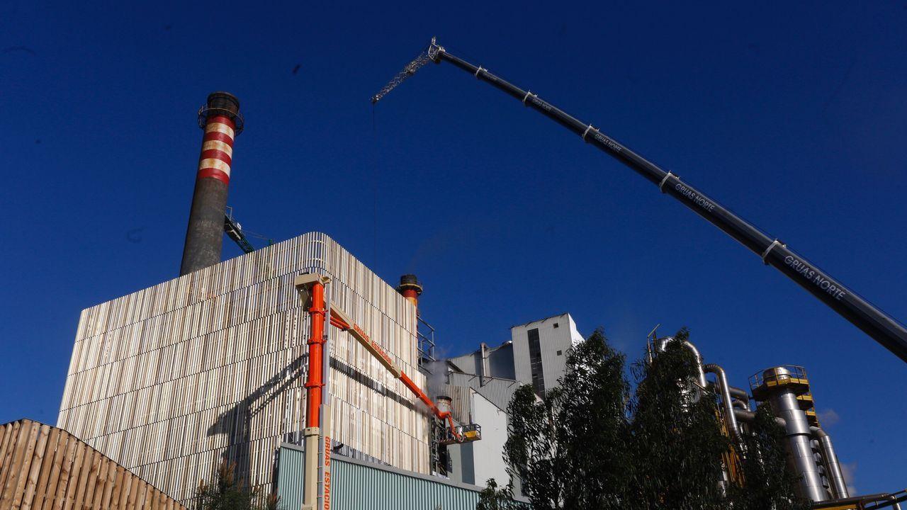 El Gobierno regula el autoconsumo eléctrico.Imagen de un incendio en Asturias