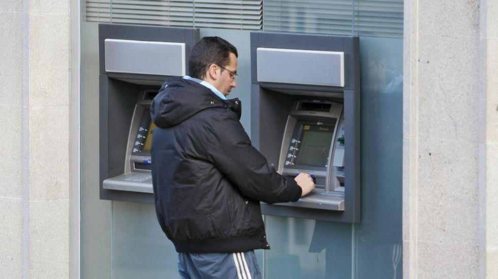 Los protagonistas de Novacaixagalicia y Novagalicia Banco