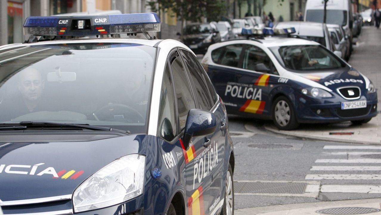 Cuatro escenas del altercado del campus de El Milán.Imagen de archivo de una intervención de la Policía Nacional