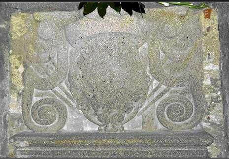 Santuario da Virxe da Barca. Sarcófago de la primera Condesa de Taboada. Año 1730. Siglo XVIII.