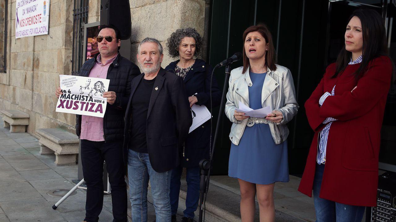 Cambados se concentra en contra de la sentencia de la manada.