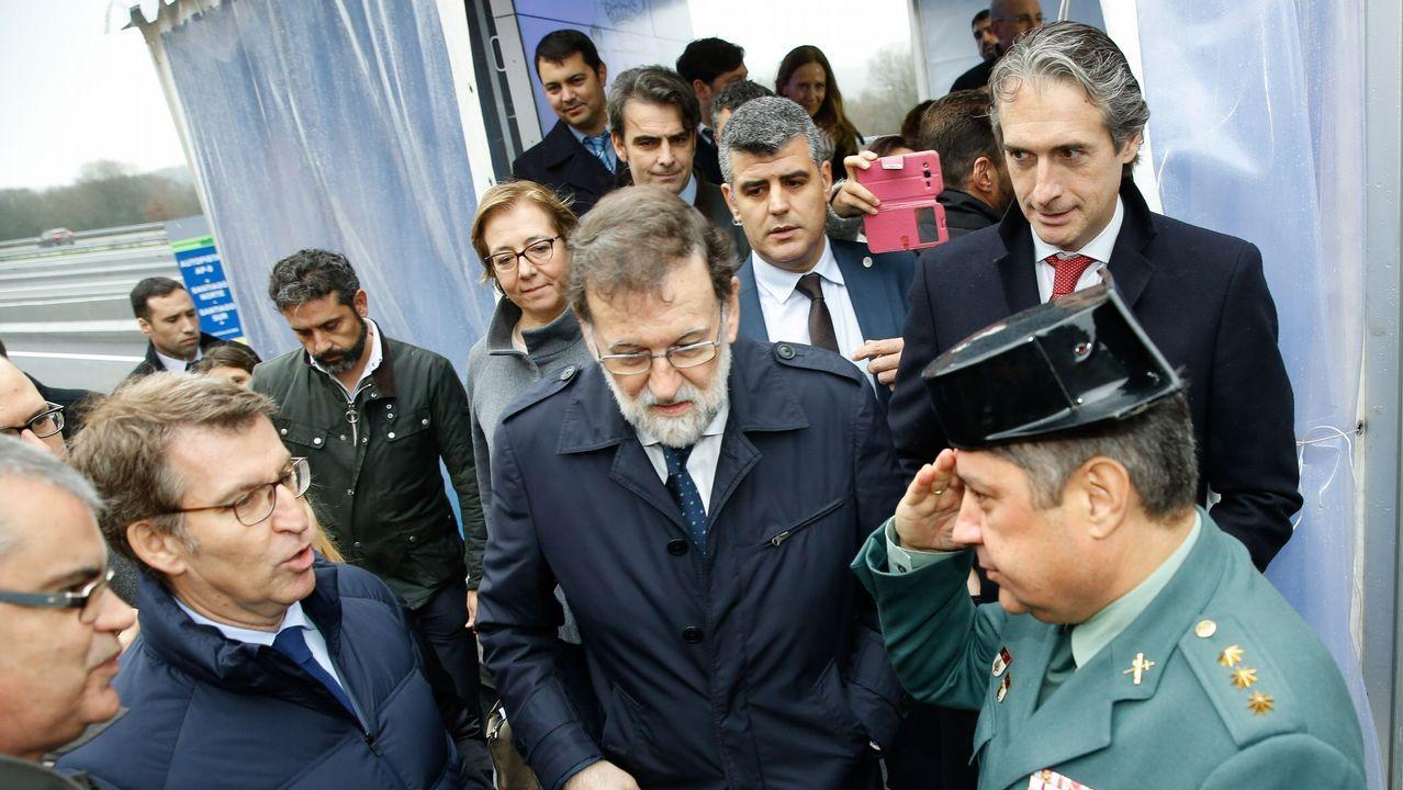 El presidente del gobierno, Mariano Rajoy, durante la inauguración de la ampliación de la autopista AP-9.