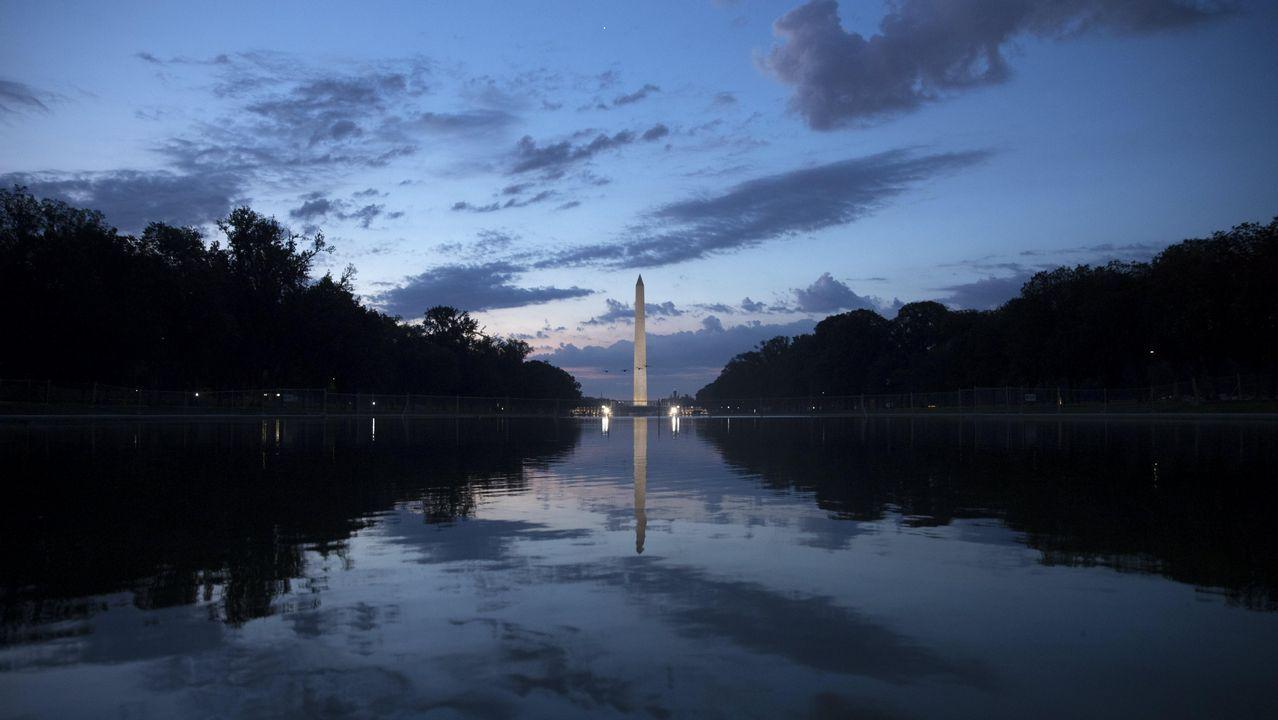 La cr nica del lunes 3 de julio en un minuto for Estanque reflectante
