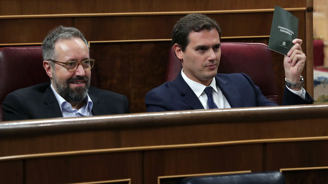 .Juan Carlos Girauta y Albert Rivera, en el Congreso de los Diputados