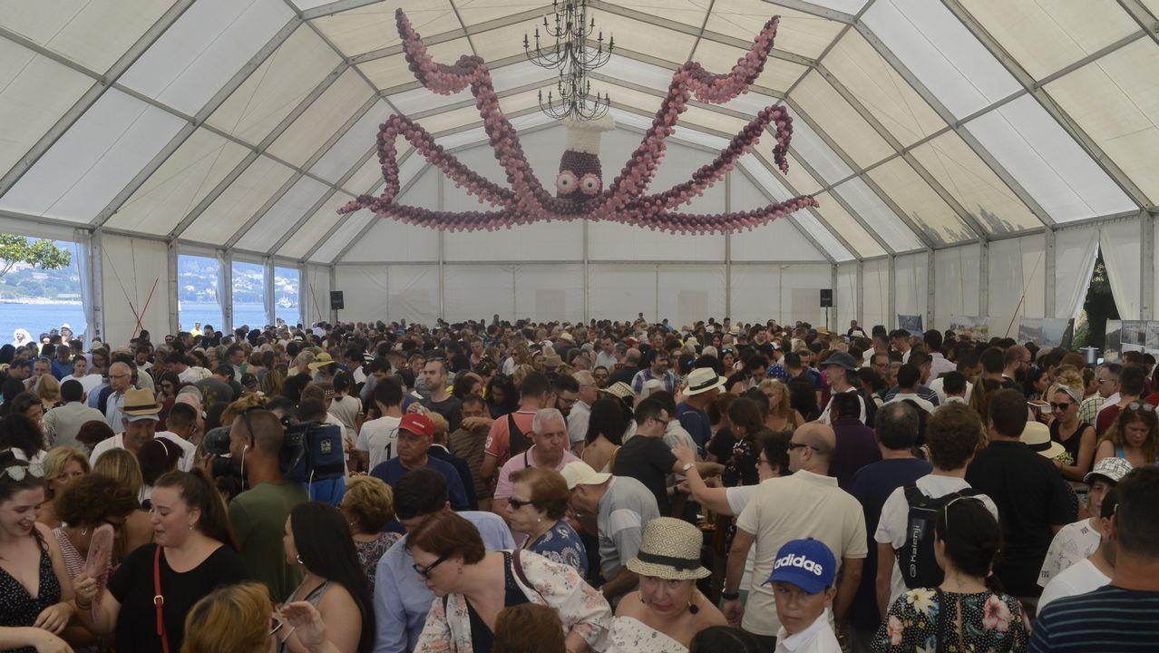Romería de Anova el año pasado en el parque de Galeras con motivo del 25 de xullo