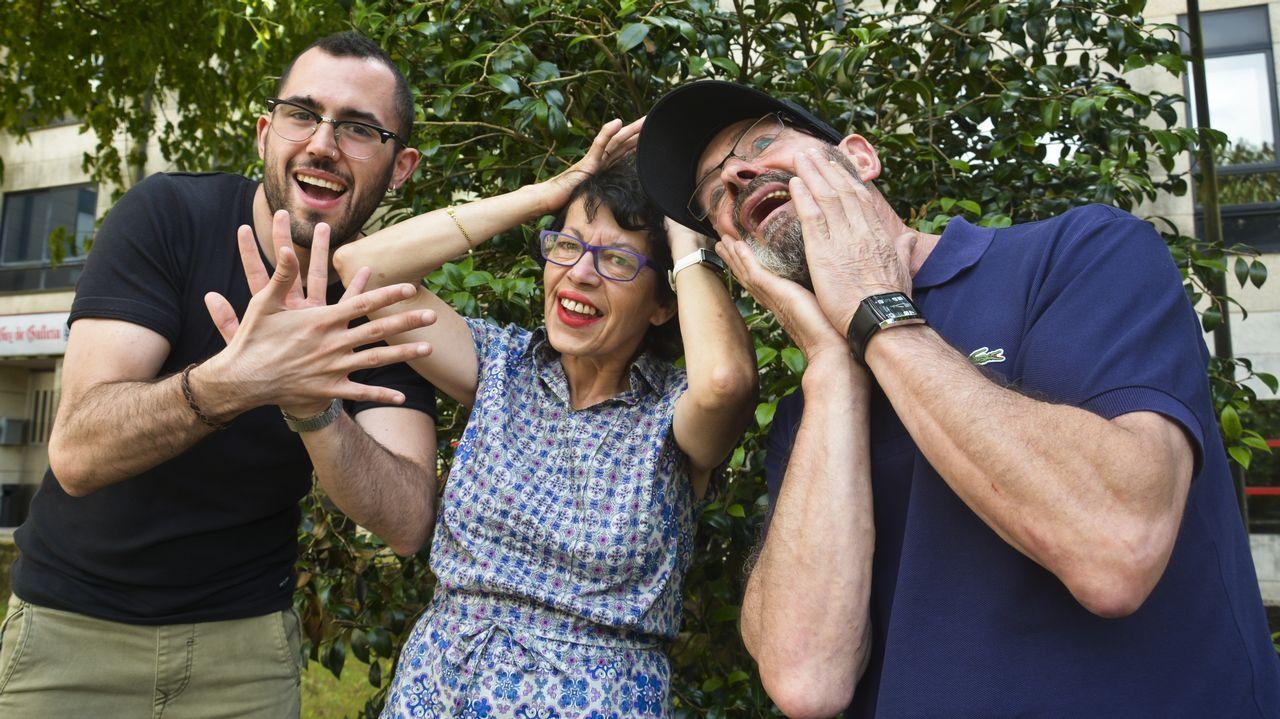 Los Vázquez TV: «Somos una familia de personas sordas, unida y llena de alegría».Moncho Martínez regenta la librería Tanco