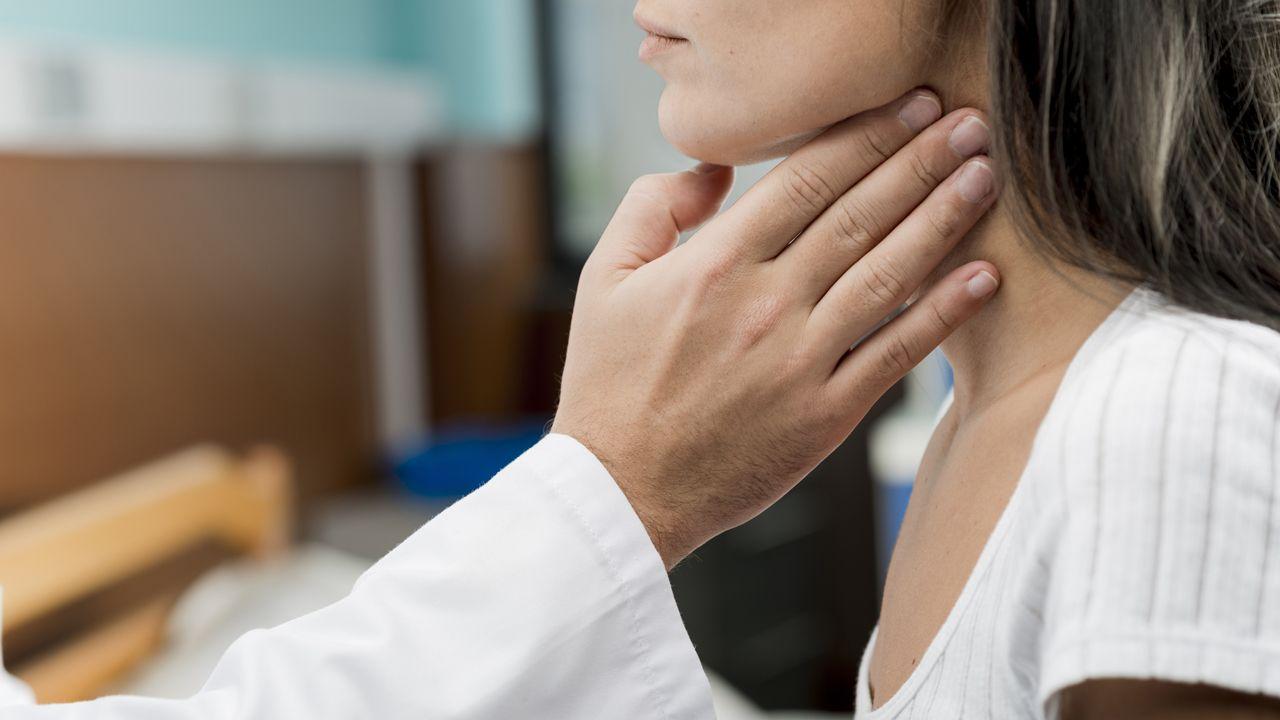 garganta tiroides