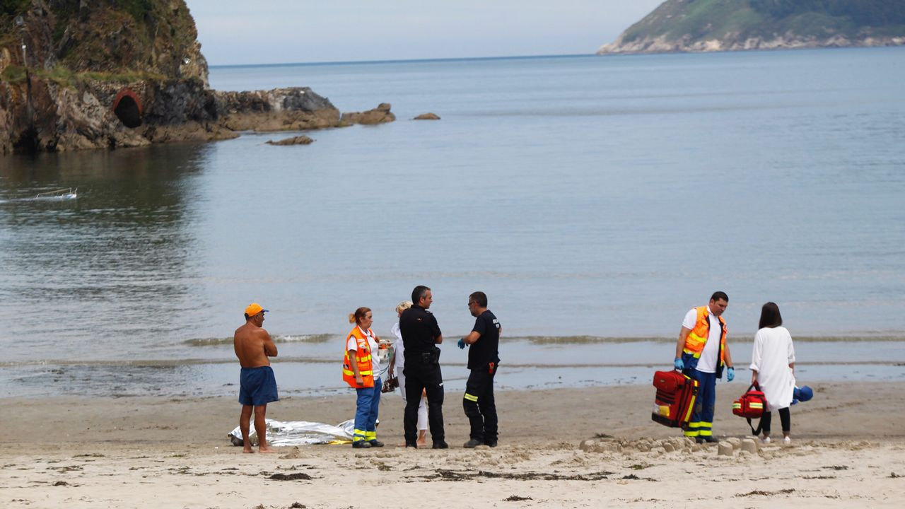 Muere un bañista en la playa de Covas, Viveiro.