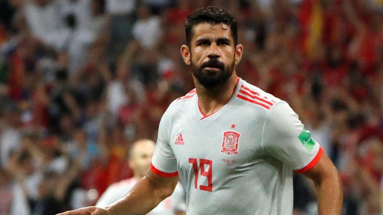 Lucas Vázquez: «Lo que queremos es ir de menos a más y ganar el Mundial».El novelista vasco Alfonso del Río, retratado con la ría de Bilbao al fondo