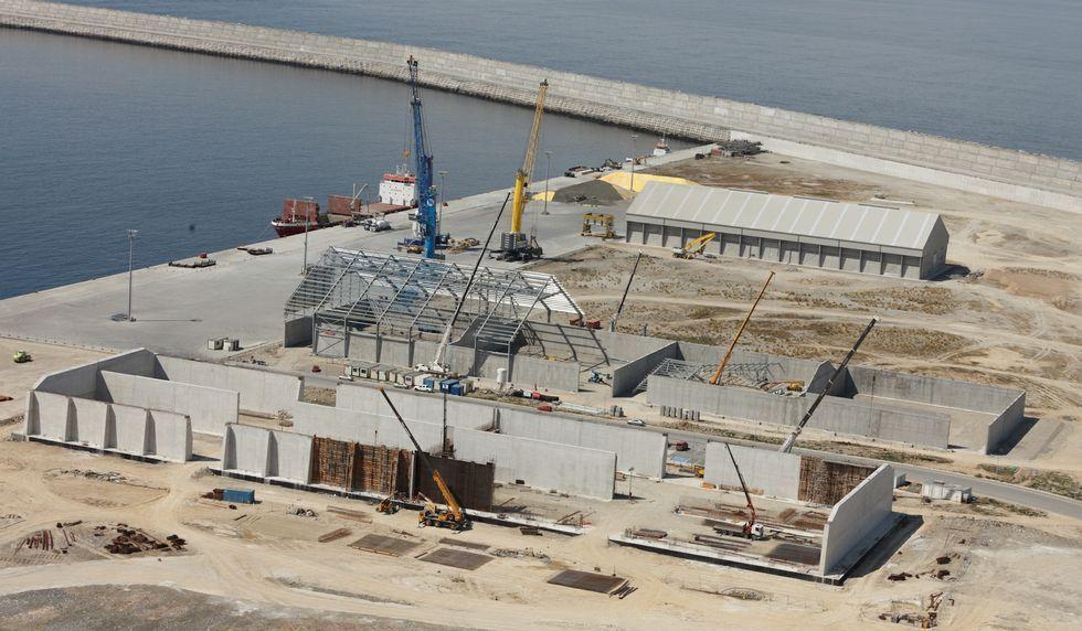 La nave Pérez Torres, en el centro, sumará otro almacén más.