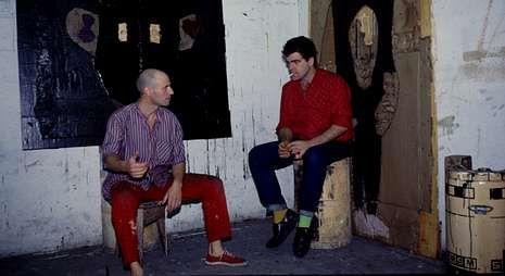 Mariví Ibarrola fotografió a los artistas gallegos Antón Lamazares y a Francisco Leiro en el año 1985.