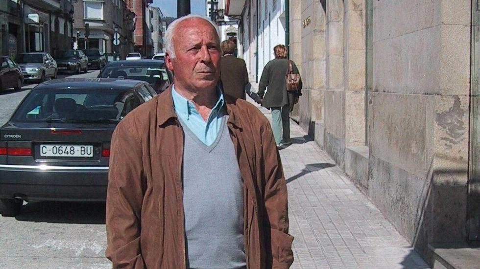 El diseñador Luis Carballo, con el Pelegrin en una imagen de archivo