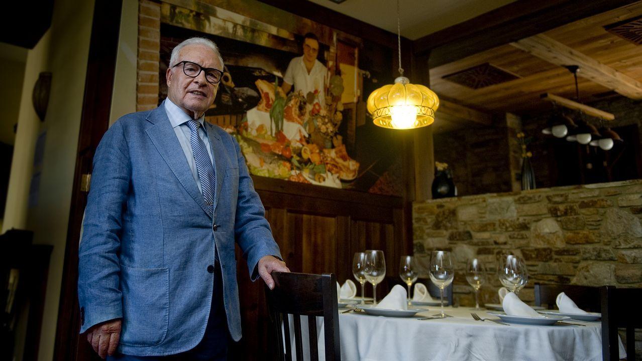 Iván Ferreiro dignifica el reencuentro de Golpes Bajos.Sorteo de Loteria