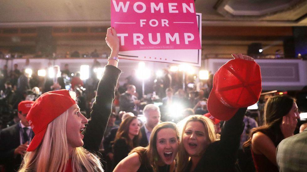 Alegría entre las seguidores republicanas.