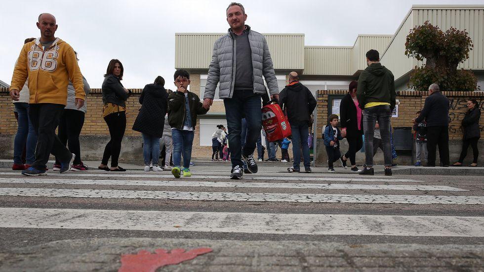 El milagro de las casas niño.El presidente del Gobierno participó ayer en la carrera de obstáculos «Yo no renuncio», organizada por el Club de las Malasmadres en Alcobendas