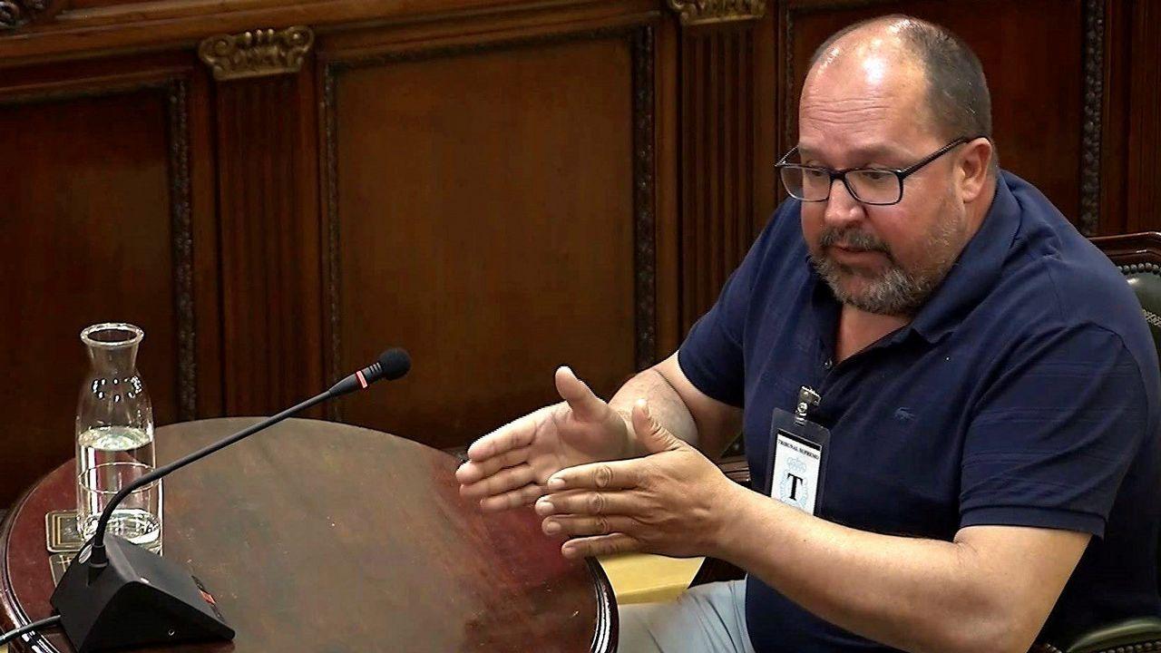Jesús Martínez Loira presenta su candidatura a la presidencia del Deportivo.Santi Valls, uno de los 17 activistas del 1-O que declararon en el juicio
