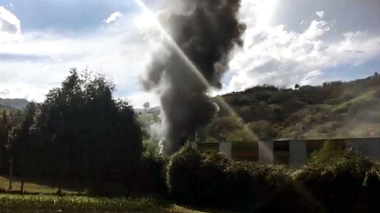 Incendio en la fábrica de Rioglass.Héctor Piernavieja