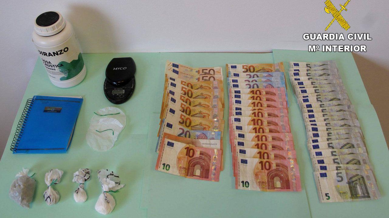 Efectos incautados al hostelero detenido en Cangas de Onís por tráfico de drogas