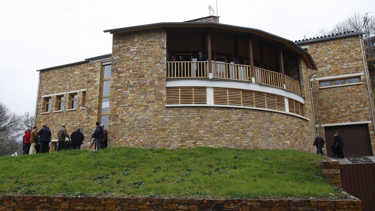 Casas activas, las viviendas del futuro.El lago Poopo, en Bolivia, afectado por el cambio climático