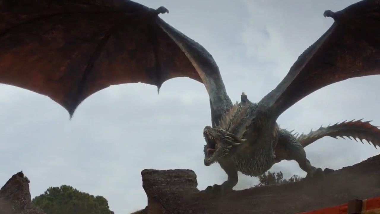 Drogon y Daenerys