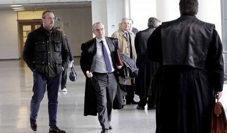 Dorribo a su llegada al Juzgado Mercantil para asistir al juicio de Innova.