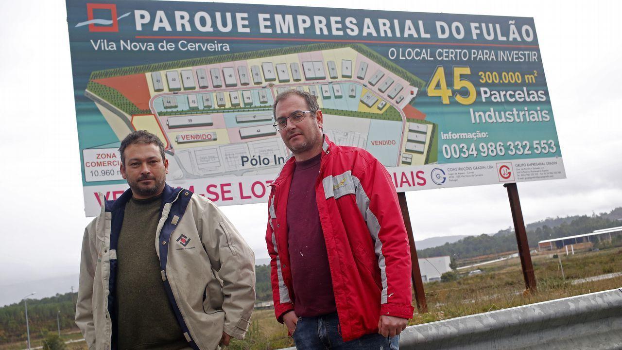 El pueblo del rey del corcho mira a Galicia.Las ninfas del cuadro retirado en Manchester abren el debate sobre el papel de la mujer